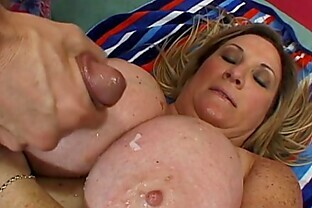 Oversized Deedra Rae s pussy and mouth engulf a guy s cock