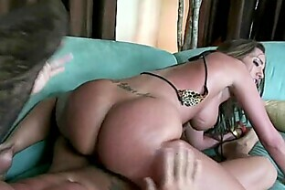 Kelly Divine gets fucked and takes a creamy load