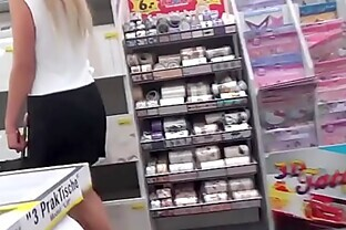 Pissing In The Store -  660cams.com