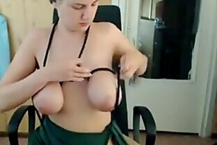 Binding and pussy fingering live and uncensored on the webcam