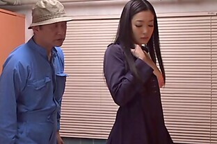 Japanese hottie plays with her bush in a restroom