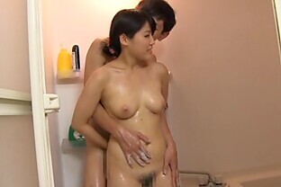 At the shower amateur wife learns the art before getting it rough on bed