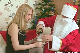 Dude in Santa Outfit Fucks Teen In The Ass